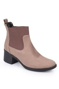 Sue boots